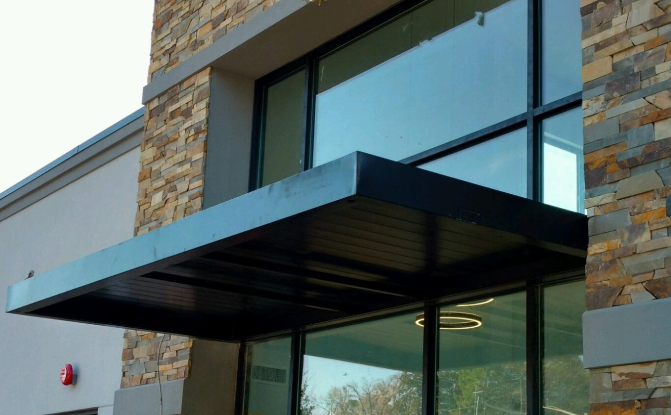 London Series Cantilevered Canopy Fenwalls